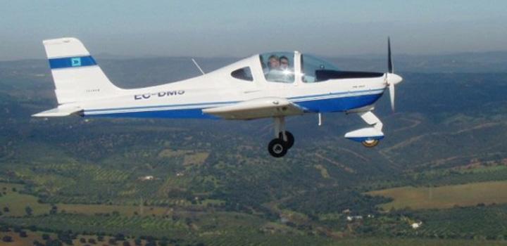 Vuelos en avioneta ultraligera en Cofrentes o Valencia