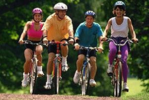 Fusión de bicicleta, senderismo y descenso en paddle surf en Cofrentes